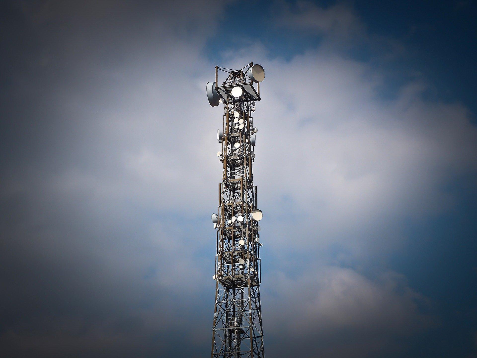 Vysílací věž telekomunikačních operátorů